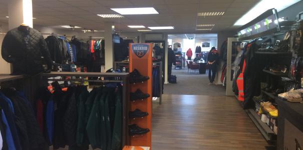 Renovatie Winkel Van Dijk Corporate Wear te Opheusden