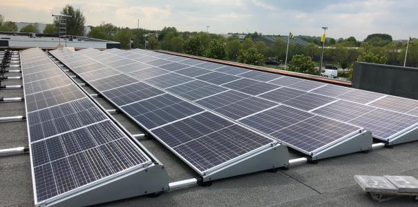 Aanleg 120 zonnepanelen Kidsroom Beuningen